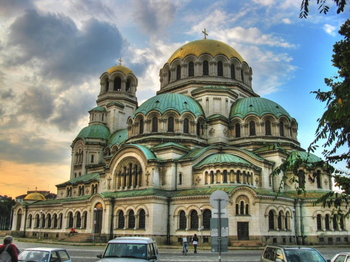 تور بلغارستان با پرواز قشم ایر