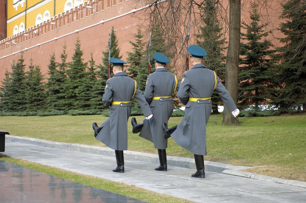 تور روسیه-تعویض سربازان